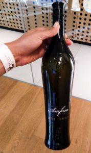 Sivi Pinot Amfora by Erzetič